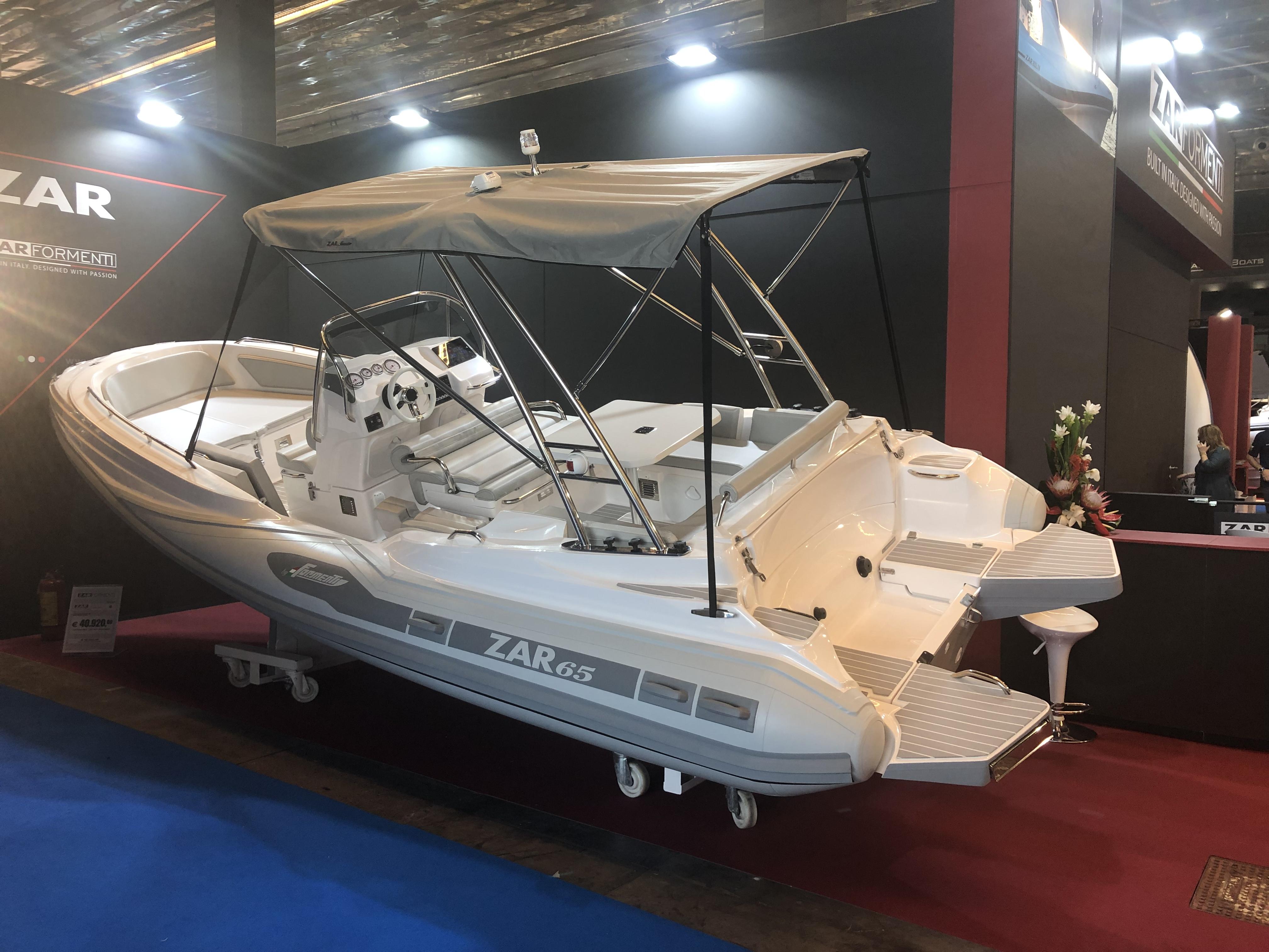 ZAR 65 Suite Ausstellungsboot