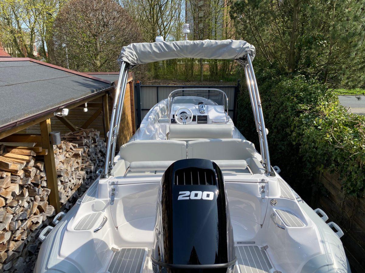 ZAR 65 Classic mit Suzuki DF200 APL